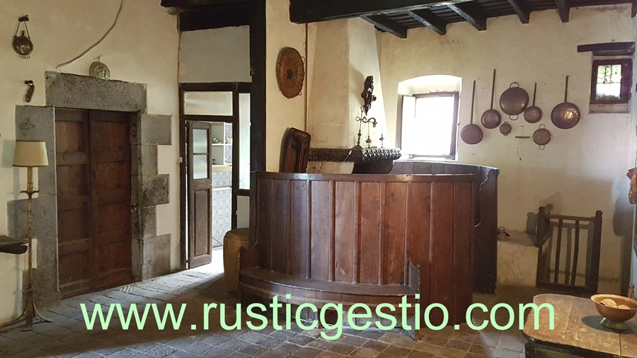 interior masia antiga